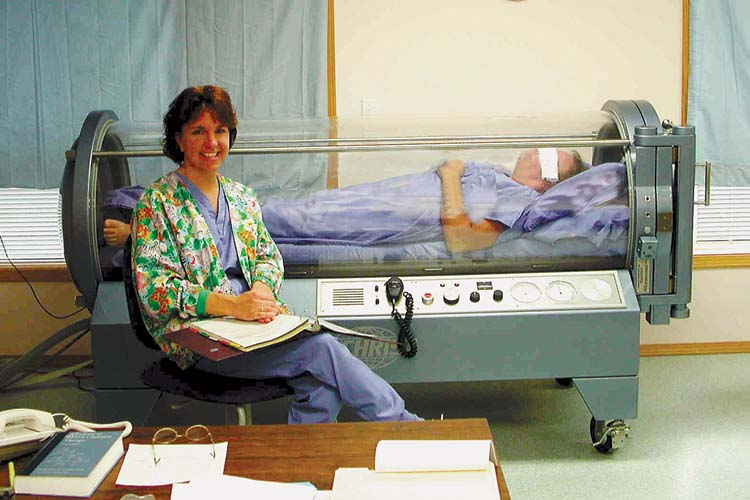 Hyperbaric Oxygen Therapy Causes Symptoms Treatment