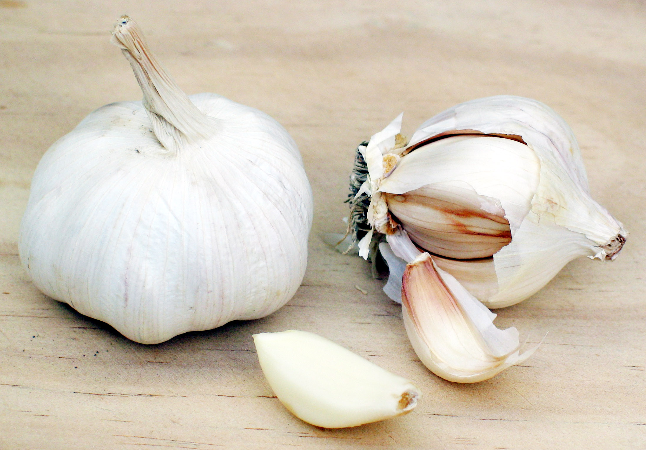 Herbs Amp Supplements Garlic Health Benefits And Information